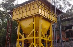 inclined-plates thickener